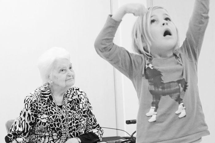 Project Stel je eens voor... is een belevingsproject voor kleuters samen met ouderen (met dementie).